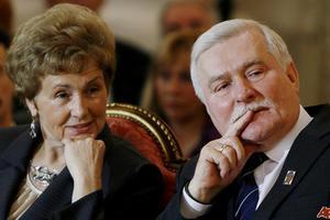 Αναταραχή προκαλεί η πρώην Πρώτη Κυρία της Πολωνίας