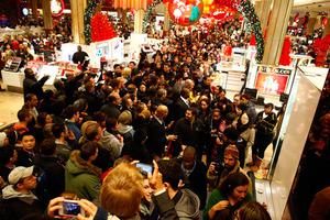 Φρενίτιδα καταναλωτισμού σήμερα στις ΗΠΑ