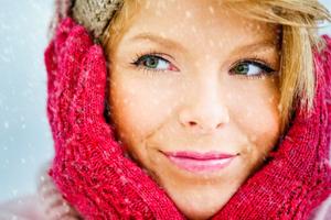 Τέσσερα κόλπα για να ζεστάνετε γρήγορα τα άκρα σας