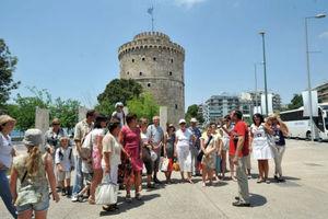 Τέταρτη η Ελλάδα σε αύξηση τουριστικών εσόδων