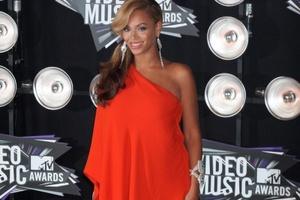 Έχει γεννήσει η Beyonce;