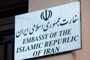 Έξοδος των Ιρανών διπλωματών από τη Βρετανία