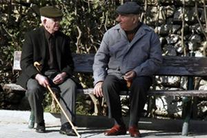 Άνδρας «ξάφριζε» ηλικιωμένους στη Λαμία
