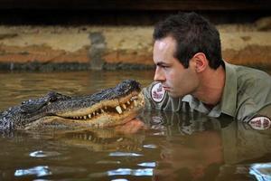 Νιώθει άνετα δίπλα στον Νelson τον αλιγάτορα