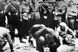 «Κατέβασε το επίπεδο του ανθρώπου χαμηλότερα και από τους Ναζί»