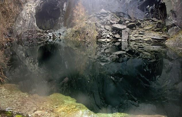Η σπηλιά του τρόμου...Δε σε προϊδεάζει θετικά για να μπεις!