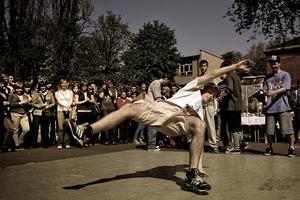 Σε ρυθμούς breakdance και hip hop η Θεσσαλονίκη