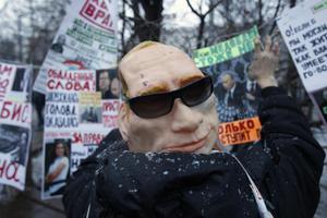 Μαζική η συμμετοχή στις διαδηλώσεις κατά του Πούτιν