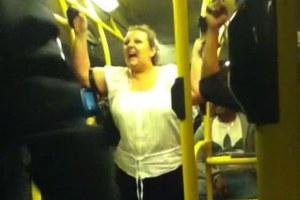 Ρατσιστική επίθεση σε επιβάτη λεωφορείου