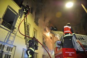 Δεκαεννέα τραυματίες από πυρκαγιά σε πολυκατοικία στην Τουλούζη