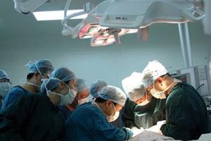 Σε Ελληνίδα η μεταμόσχευση της πρώτης «νεκρής» καρδιάς