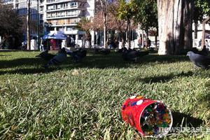 Η σκληρή πραγματικότητα της χριστουγεννιάτικης Αθήνας