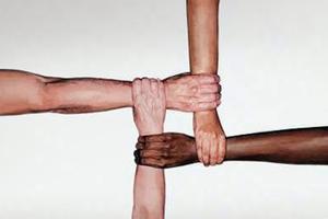 Οικογένειες της Βέροιας «υιοθετούν» οικογένειες απόρων