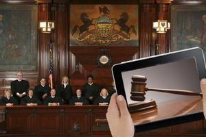 Ελεύθερα twitter και e-mails για τους δικαστικούς ρεπόρτερ