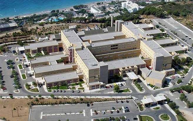 Το νοσοκομείο Ρόδου κάνει μήνυση στον Βρετανό ασθενή που κατήγγειλε τις συνθήκες νοσηλείας του