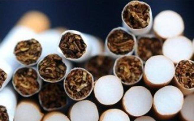Δίκτυο παρήγαγε και διακινούσε εκατομμύρια πακέτα λαθραία τσιγάρα