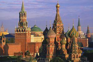 Ο δήμος της Μόσχας απολύει 3.000 υπαλλήλους