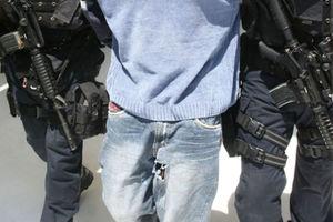 Συνελήφθη καταζητούμενος για διακίνηση λαθρομεταναστών