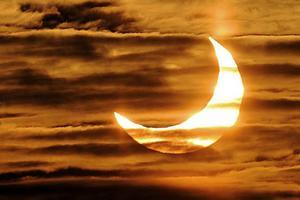 Το φεγγάρι μας «κλέβει» τον ύπνο