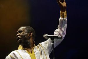 Ένας τραγουδιστής για πρόεδρος της Σενεγάλης