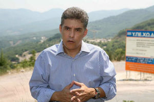 Αντίθετη και η Περιφέρεια Θεσσαλίας στα κέντρα μεταναστών