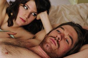 Όταν η γυναίκα βγάζει πιο πολλά ο άντρας... παίρνει βιάγκρα
