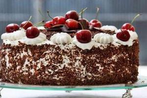 Σπιτική τούρτα βύσσινο