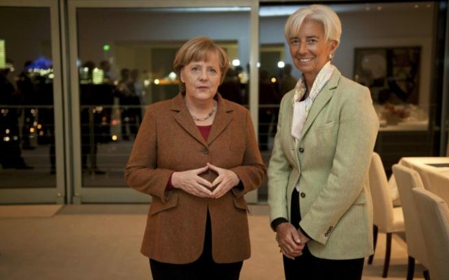 Süddeutsche Zeitung: Νέα μέτρα συμφώνησαν να ζητήσουν οι δανειστές από την Ελλάδα