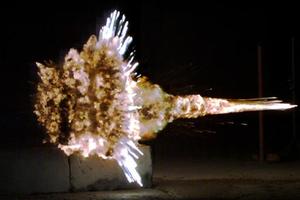 Βρετανοί επιστήμονες αναπτύσσουν εξελιγμένα πυρομαχικά