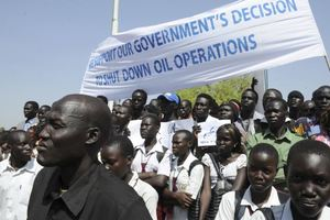 Σταματούν οι εξαγωγές πετρελαίου από το Νότιο Σουδάν