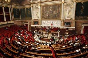 Νομοσχέδιο για την καταπολέμηση της πορνείας ετοιμάζει η γαλλική Γερουσία