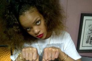 Ακόμα ένα τατουάζ για τη Rihanna