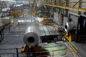 Κλείνουν εργοστάσια λόγω μόλυνσης από μόλυβδο