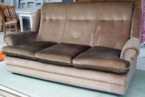 Πώς να καθαρίσετε βελούδινους καναπέδες
