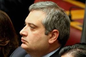 Βουλευτής του ΛΑΟΣ στρέφεται κατά του Θ. Αγγελόπουλου