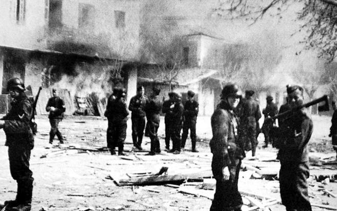 Γερμανικές αποζημιώσεις: Διαπραγματευτείτε με τους Έλληνες