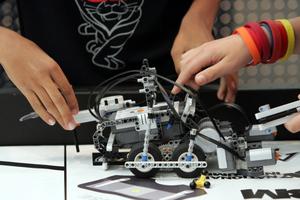 Γνωριμία με τη ρομποτική