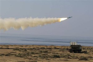 Βλήματα πυροβολικού με καθοδήγηση λέιζερ διαθέτει το Ιράν
