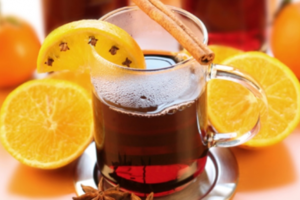 Πράσινο τσάι με κόκκινο κρασί