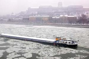 Πάγωσε ο Δούναβης στη Βουλγαρία