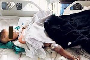 Αγωνία για δίχρονο κοριτσάκι που κακοποιήθηκε βάρβαρα