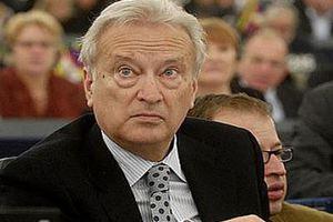 «Προβληματική η διεξαγωγή εκλογών στην Ελλάδα την Άνοιξη»