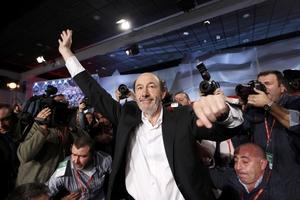 Ο Ρουμπαλκάμπα ο νέος ηγέτης του ισπανικού σοσιαλιστικού κόμματος