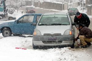 Έπεσαν τα πρώτα χιόνια στη Δυτική Μακεδονία