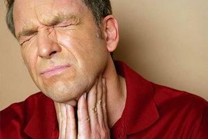 Αντιμετωπίστε τον πονόλαιμο χωρίς φάρμακα