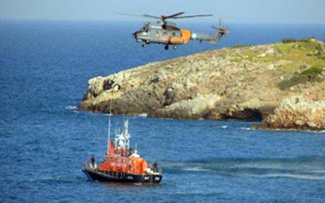 Η πτήση του Super Puma στο πλοίο που καιγόταν στην Ρόδο