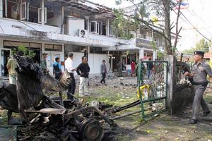 Κλιμακώνεται η βία στην Ταϊλάνδη