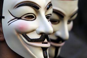 Επίθεση των «Anonymous» σε primeminister.gr και astynomia.gr