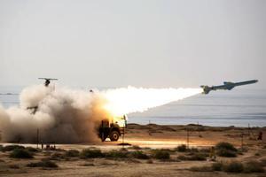 Στρατιωτικές ασκήσεις πραγματοποιεί το Ιράν