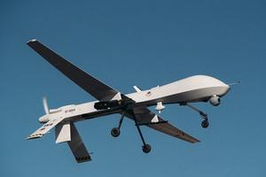 Ιρανικό UAV πλησίασε επικίνδυνα αμερικανικό μαχητικό στον Κόλπο